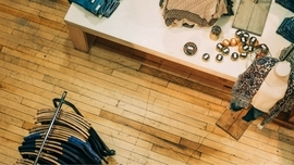 6 Reasons to Invest in Your Own Retail Store App