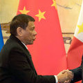 Duterte Bids U.S. Goodbye With Embrace of China and Russia - Bloomberg