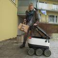 Toc toc toc WOLT vous livre à domicile | Planète Robots