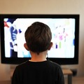 調查:只看 Netflix 的孩童每年少看 230 小時廣告