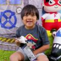 打趴一票網紅!7 歲男童靠玩玩具年賺 6. 8億,登上 YouTuber 收入冠軍