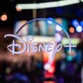 Disney+ 訂戶數展望樂觀,迪士尼股價延續 2019 年牛氣